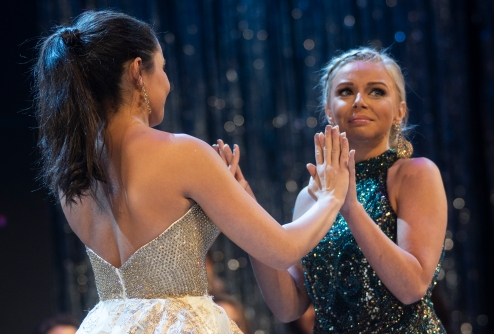 Jana El-Sayed reacts to the moment she realizes she's in the final two with Sarah Tubbs.