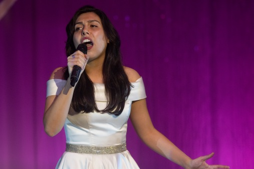 First runner-up Raquel Perez sang a soulful tune.