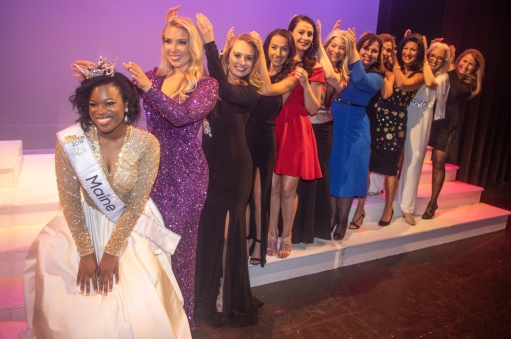 Several Forever Miss Maines lined up for the traditional crowning shot.